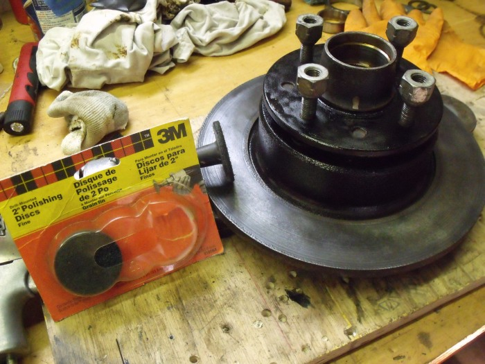 The 3M fine polishing disc was used to clean up the rotor surface.