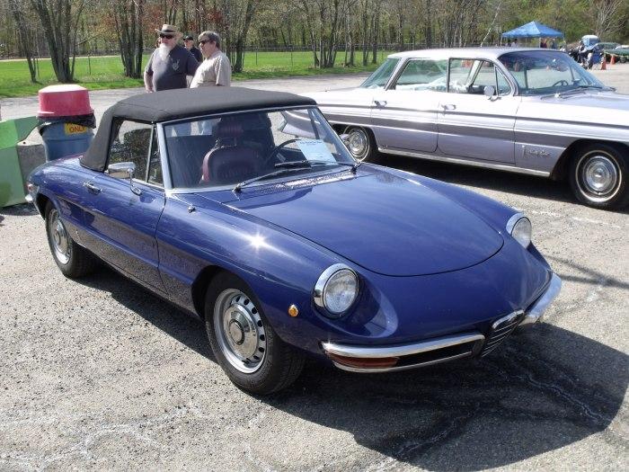 1969 Alfa Romeo 1750 Spider.