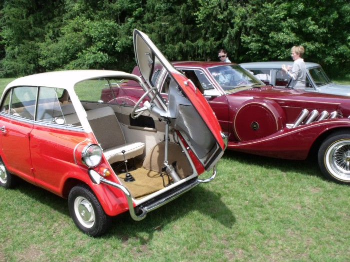 The Isetta's big brother, the BMW 600. It had TWO cylinders, for 26 horsepower!