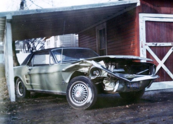 The wrecked Mustang in 1972