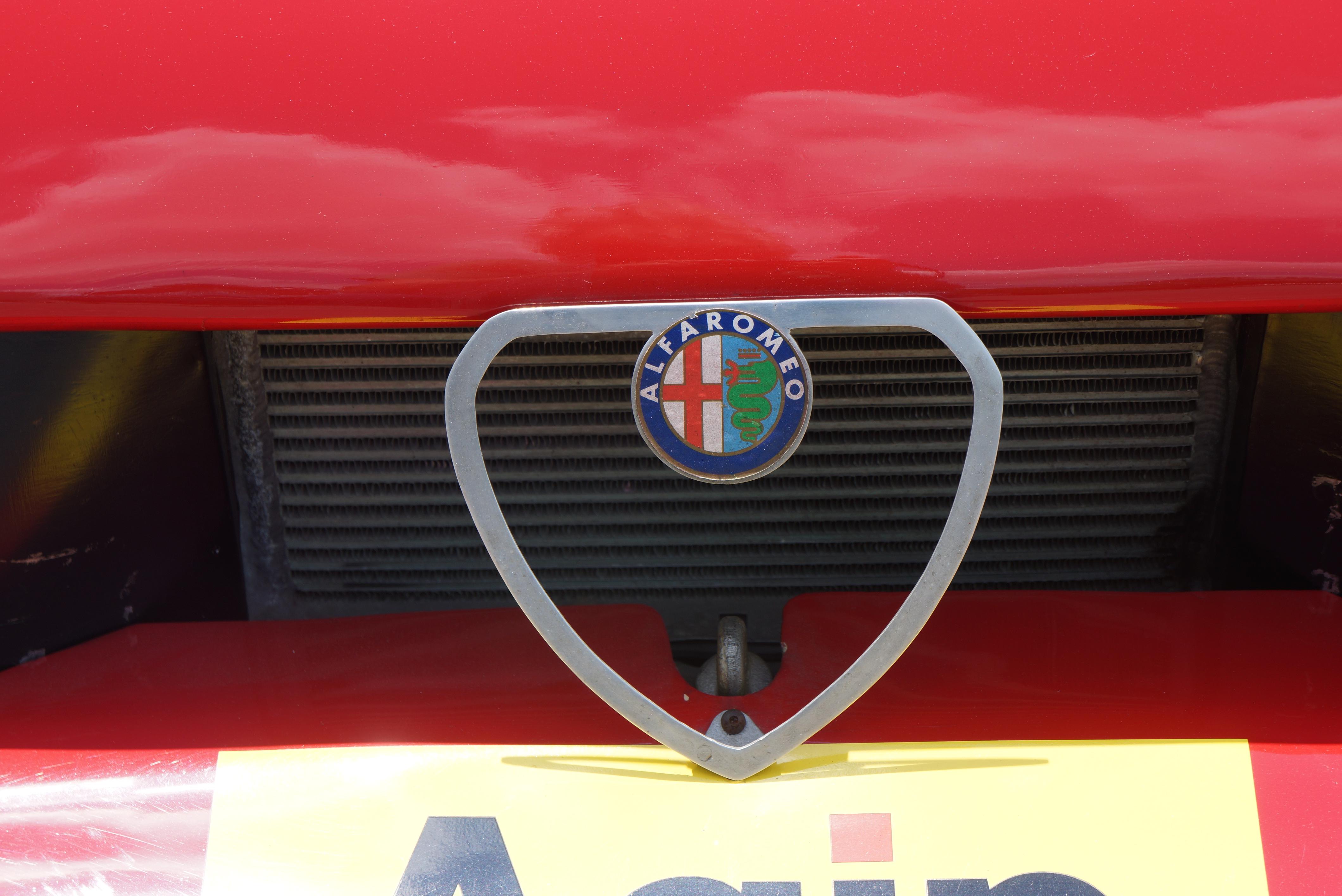 Same Alfa badge as found on any of their sedans