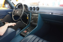 Interior clean in complementary blue