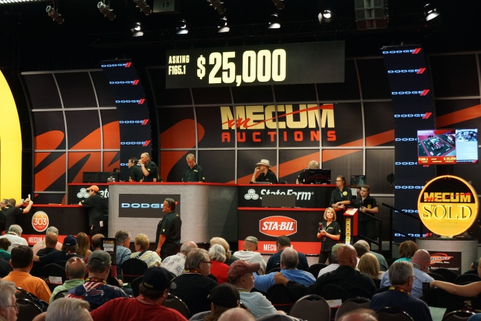 Mecum builds the same set at every auction