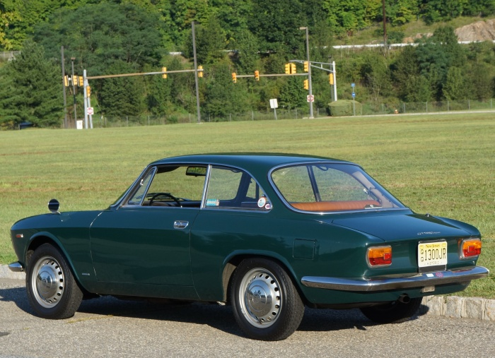 Richard's 1967 Alfa GT 1300 Junior