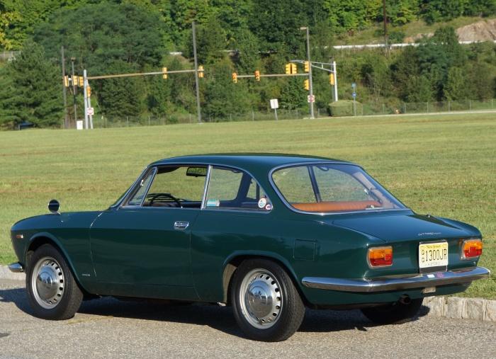 Richard's 1967 Alfa GT 1300 Junior