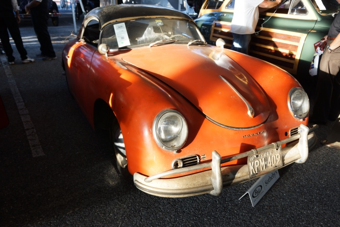Barn find Porsche, born white, spray-bombed orange