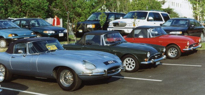 Our Tiger flanked by an E-Type and another Tiger