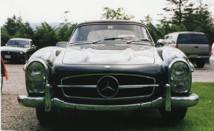 One of many M-B 300SLs